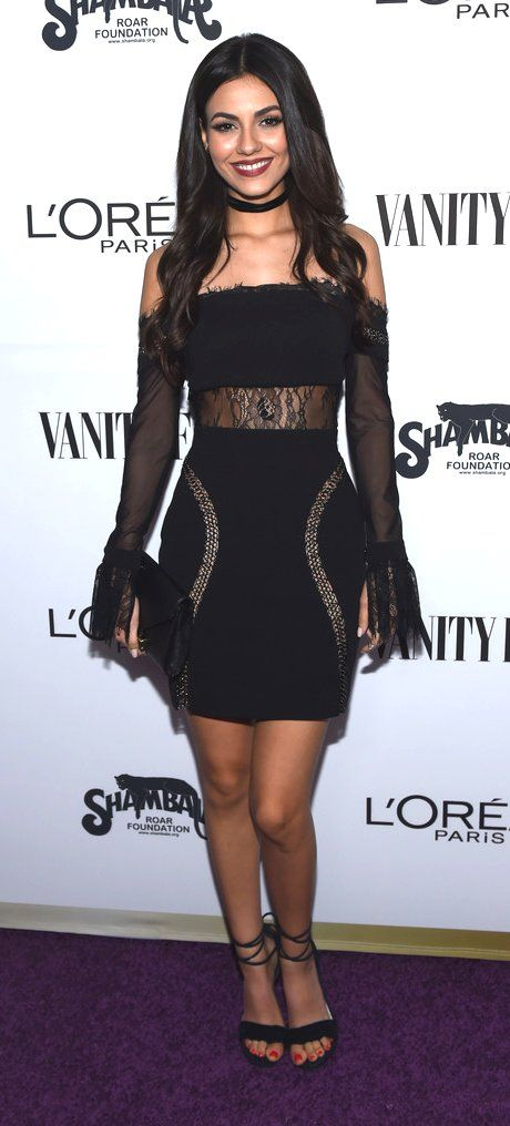 Victoria Justice in Vatanika attends Vanity Fair and L'Oreal Paris Toast to Young Hollywood. #bestdressed