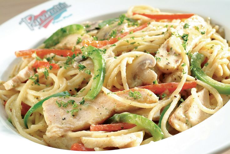 Chicken Capricciosa. Oven-roasted chicken, assorted peppers and sliced button mushrooms in a cream-based sauce | Panarottis http://www.panarottis.co.za/ourmenu/pastas