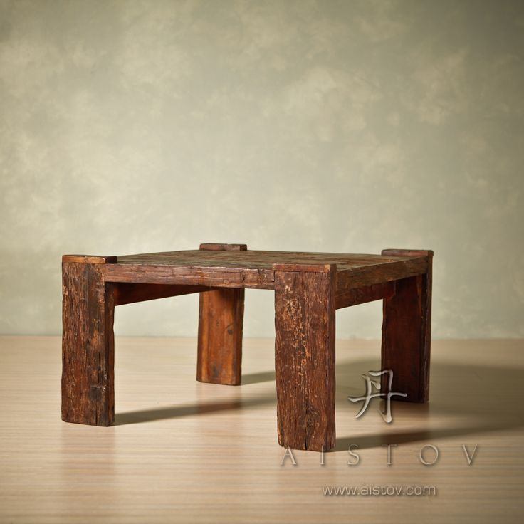 Стол журнальный массив старой древесины