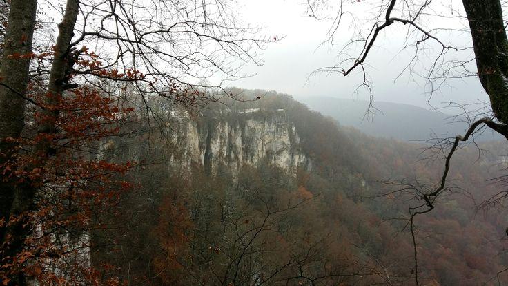 Klippen am Bad Uracher Wasserfall