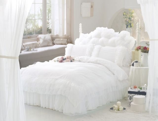 Free shipping Luxury Snow White lace bedspread princess bedding set queen size 100%cotton girls bedding duvet cover set BD 007-in Bedding Sets from Home & Garden on Aliexpress.com