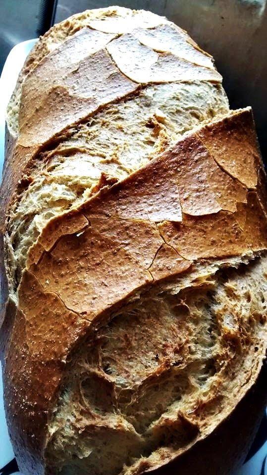 Pão francês rústico com fermentação a base de ameixas: 700 gr de farinha de tirgo especial para pães 2 xicaras de fibras de tr...