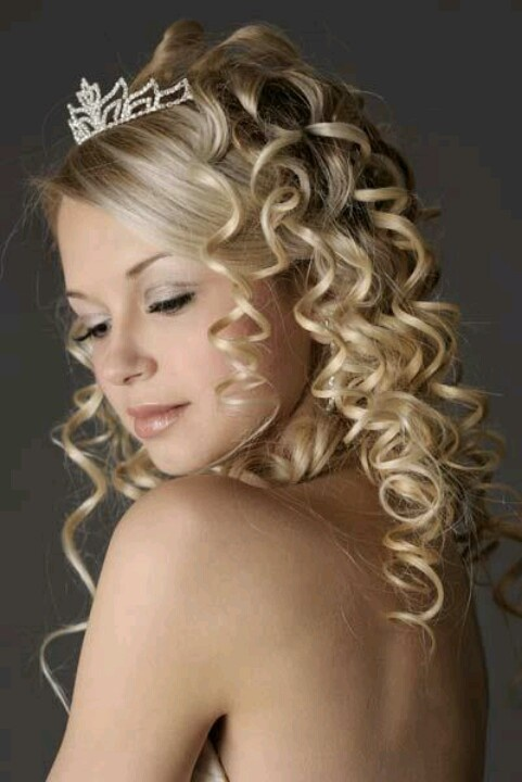 spiral curl hair styles 17 best images about spiral curls on spiral 8212