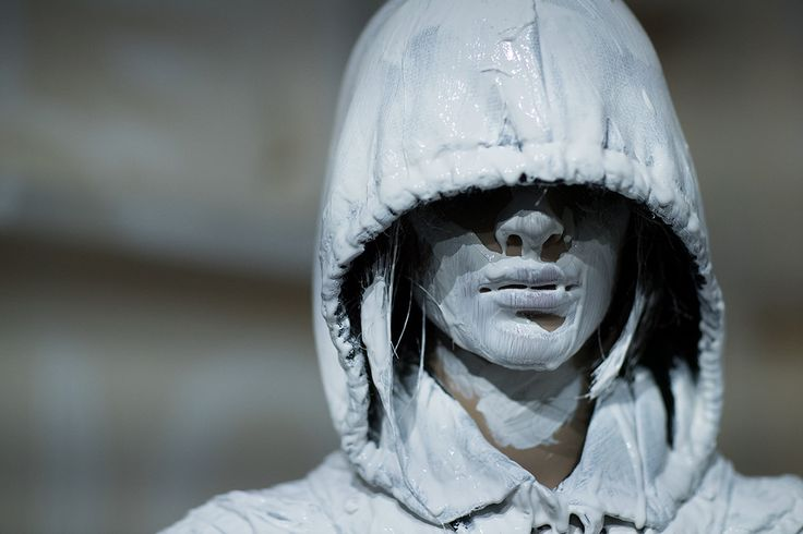 Next up on the hectic London Fashion Week schedule is MM6, Maison Margiela's younger, more affordable diffusion line.