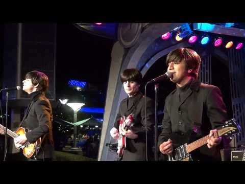 ▶ Having seen so many great bands live (though never the Beatles) I'm no big fan of tribute bands. Hard Days Night are an exception. We saw them performing at Tommowland in Disneyland. Not only do they sound like the Beatles, they play the same gear, including a left-handed Hofner bass.