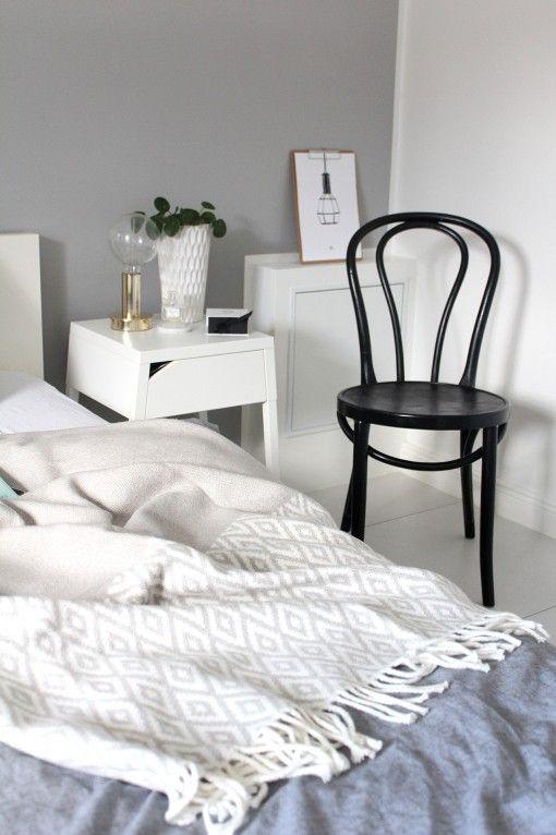 Sängbord, Ikea. Lampa Boligheter