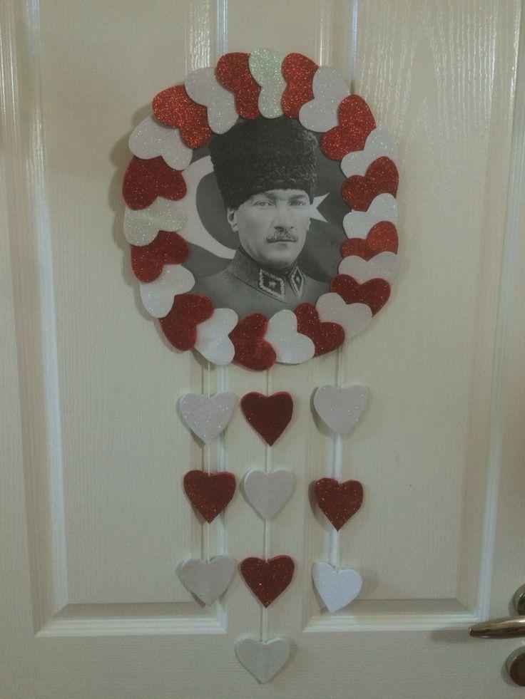 Atatürk kapı süsü.