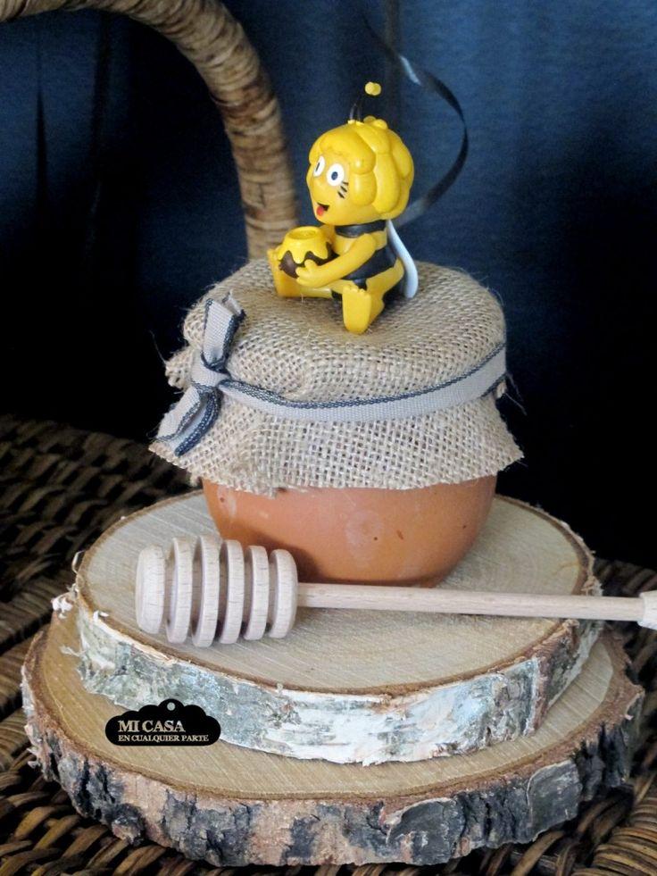 Cake Decorating Classes Mesa Az : Fiesta de cumpleanos de la Abeja Maya. Detalle de la ...