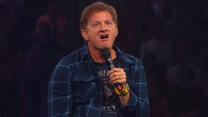 Tim Hawkins' Masterful Impression of His Daughter Stranded at the Mall Is the Gift You Need Today - http://zogdaily.com/tim-hawkins-masterful-impression-daughter-stranded-mall-gift-need-today/