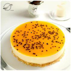Cheesecake de parchita. (Passion Fruit Cheesecake). http://amantesdelacocina.com/cocina/2013/03/cheesecake-de-parchita/