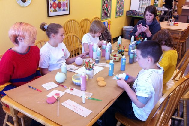 go to a paint-it-yourself pottery place and let the kids do their own ornaments.: Christy S Ideas, Painting, Pottery Place, Kid