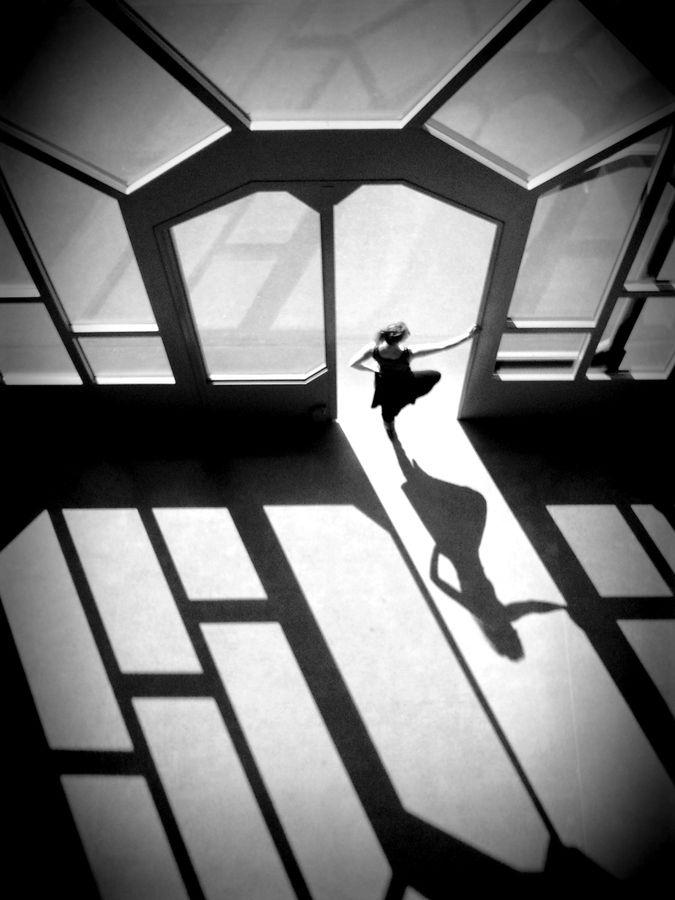 Dancing Simone by Sally Jaeggin