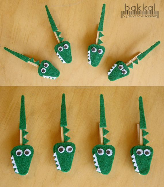 Crocodile shaped handmade felt clothes pins (made to order), Clothes pin, Alligator, Animal, Felt Animal, ,Photo Holder, Memo Holder. $4.00, via Etsy.