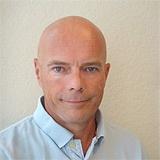 Jeg har allerede sikret mig, at Thomas Rosenstand tager turen over Atlanten, for at deltage i MarketingCamp 2014. Thomas arbejder med søgemaskineoptimering og har skrevet flere danske bøger om emnet.