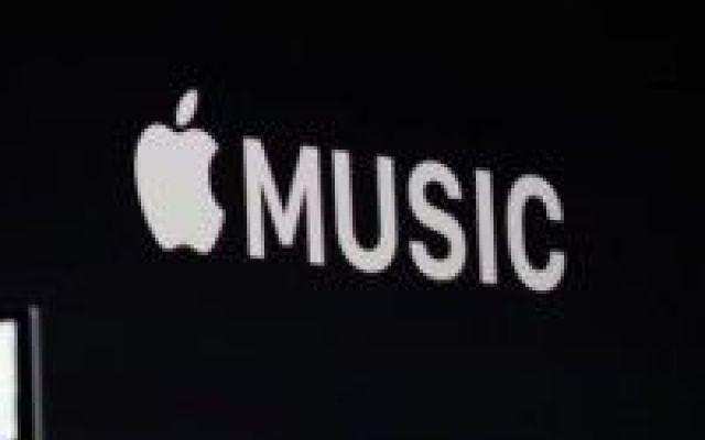 """Arriva ufficialmente Apple Music il primo servizio di musica streaming targato cupertino Nel corso della conferenza dedicata agli sviluppatori, Apple ha ufficialmente annunciato un nuovo servizio """"Anti-Spotfy"""" stiamo parlando di Apple Music una nuova applicazione che integra la prima sta #apple #music #ios9"""
