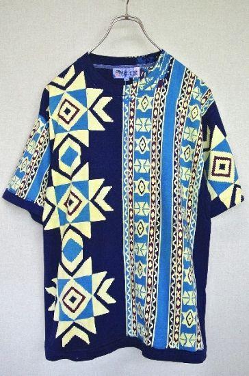 アメリカ古着 KERIS FASHION 総柄 ネイティブ柄プリント Tシャツ - ヨーロッパやアメリカのヴィンテージ古着なら|古着屋ChuPa