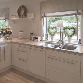 Fensterdekoration in der Küche Mehr