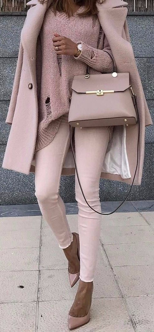 monochrome rose nude | outfit that might work