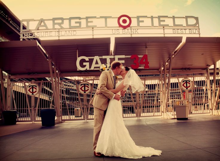 Weddings Target Field Events Minnesota Twins Baseball Www Targetfieldevents