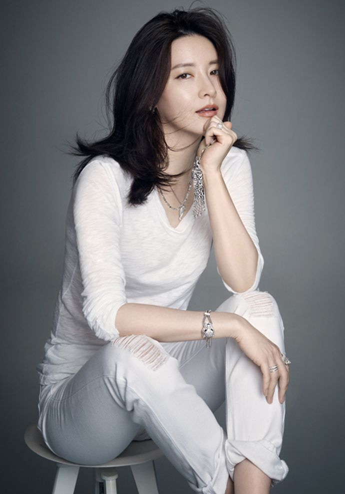 white - Lee Young Ae