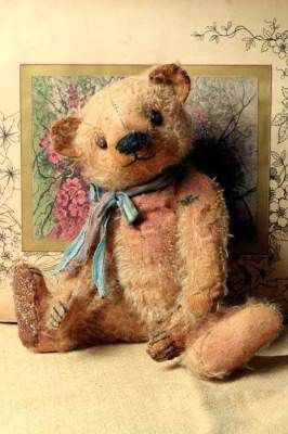 Beardsley Bear--love the old fashioned teddy bears |Pinned from PinTo for iPad|