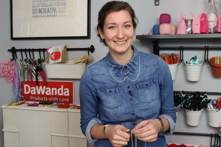 DIY Video: Bubikragenkette // Peter Pan collar necklace via blog.dawanda.com