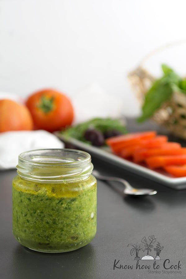 Домашно босилеково песто (палео, без млечни) | Know How To Cook