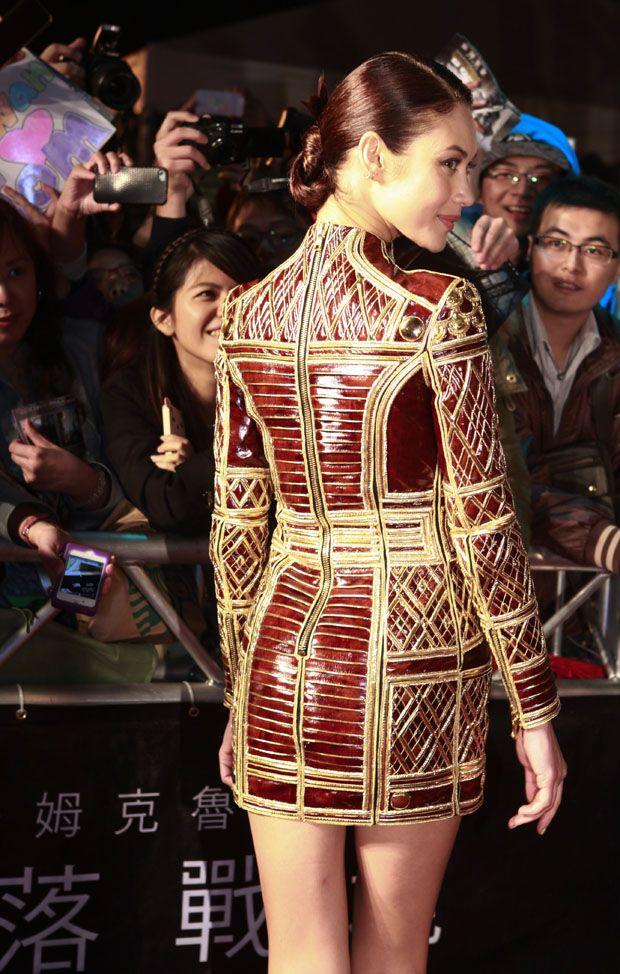 Olga Kurylenko in Balmain - 'Oblivion' Taiwan Premiere