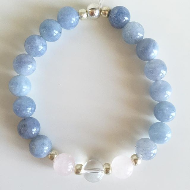 ♊️ Gemini bracelet: Aquamarine, Rose Quartz, Clear Quartz, Czech rocailles, Silver Price EUR 20 (plus EUR 4 for international registered shipping, and EUR 4 for optional gift package). For your personal bracelet, contact me on e-mail in bio.  #bracelet #bracelets #semipreciousstones #gemini #zodiac #sign #aquamarine #blue #rosequartz #clearquartz #silver #armcandy #armparty #jewellery #jewelry #jewellerymaking #jewellerybrand #jewellerydesign #czechbrand #ombljewellery #dowhatyoulove