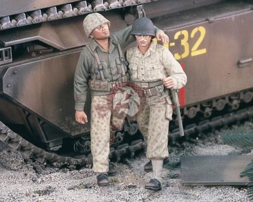 Verlinden-Productions-1-35-Wounded-US-Marines-WWII-2-Figures-1985