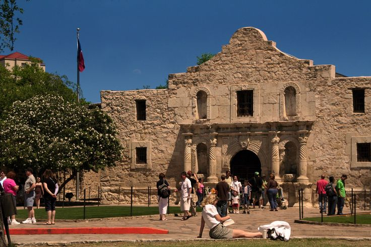 San Antonio travel guide on the best things to do in San Antonio, TX. 10Best reviews restaurants, attractions, nightlife, clubs, bars, hotels, events, and shopping in San Antonio.