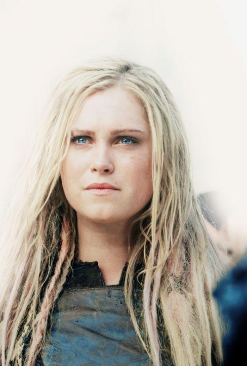 """celebritiesandmovies: Clarke Griffin - The 100 Season 3 Episode 4, """"Watch the Thrones"""
