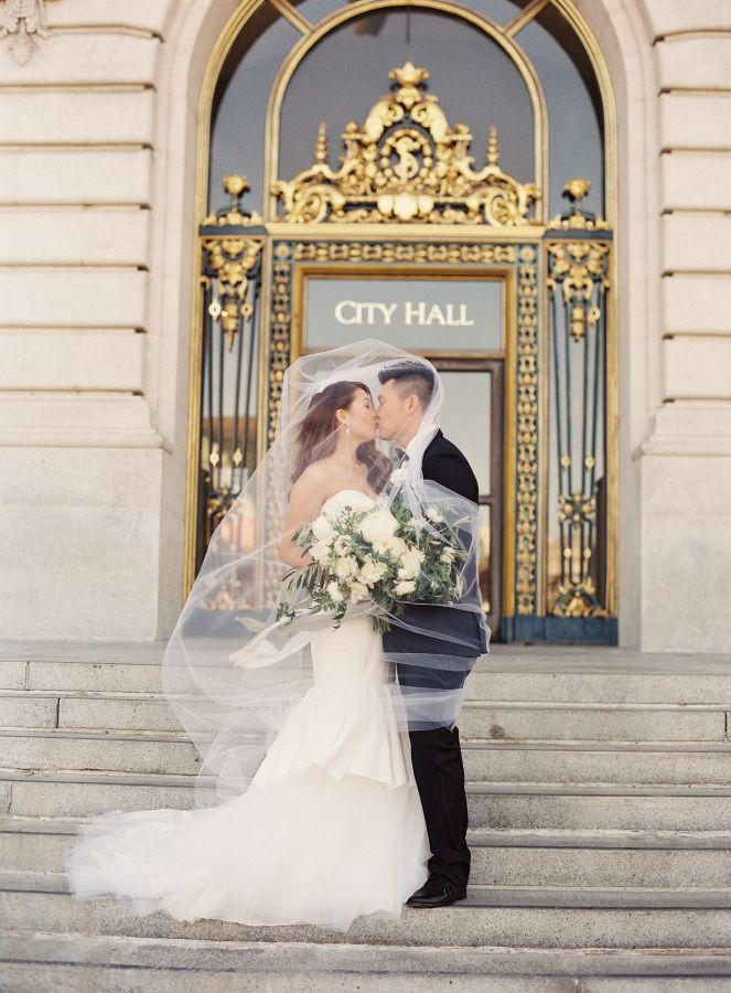 Attractive Romantic City Hall Kiss: Http://www.stylemepretty.com/2016