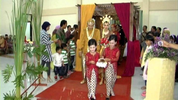 0877-0115-7774   Traditional Wedding di Malang, Sidoarjo, Surabaya dan Madura