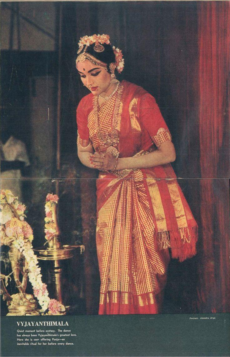 Vyjayanthimala Bharatanatyam costume in Filmfare, 1964
