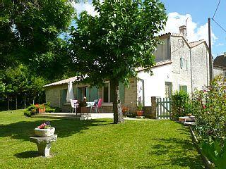 Vakantiewoningen (5 personen) Charente Cellettes (in de buurt van Angoulême)