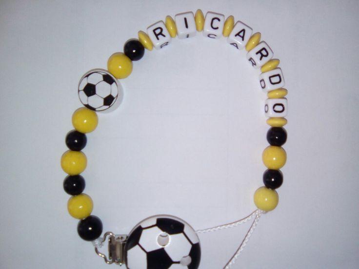 Fußball Schnullerkette für Ricardo #finilaedchen