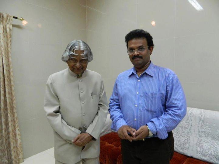 """Eli"" Film Produce and Managing Director of CityBuilder G.Sathiskumar with Dr. APJ Abdul Kalam"