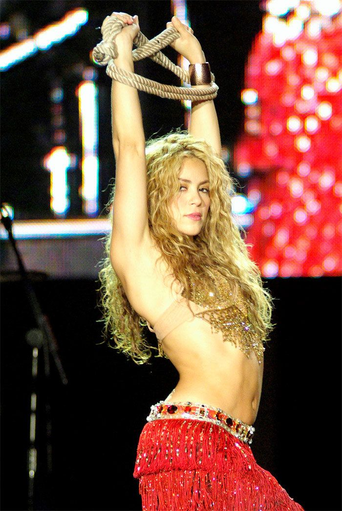 Shakira Belly Dancing   Shakira performs on the Pyramid Stage at Glastonbury Festival in ...