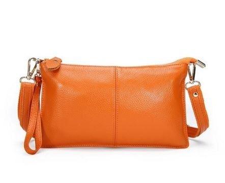 Elegantní kožená dámská kabelka světle oranžová – dámské kabelky Na tento produkt se vztahuje nejen zajímavá sleva, ale také poštovné zdarma! Využij této výhodné nabídky a ušetři na poštovném, stejně jako to udělalo již velké …