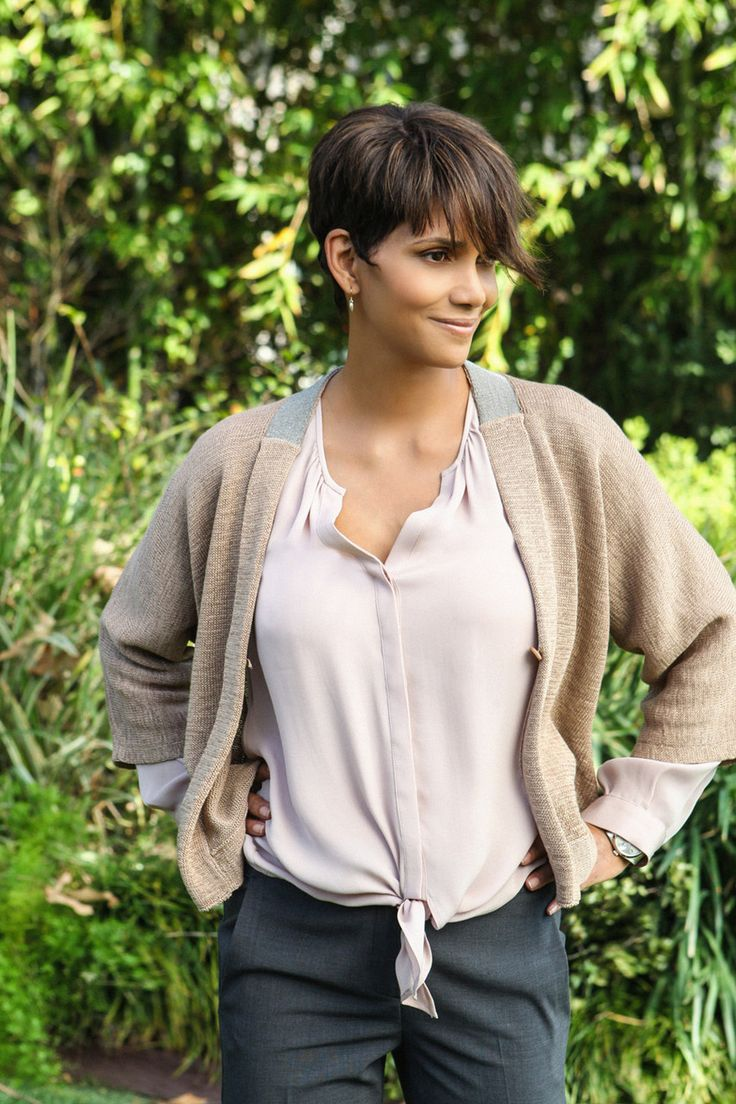 Halle Berry - starring in EXTANT - Series - Scifi - Mystery - Paramount Home Entertainment - kulturmaterial