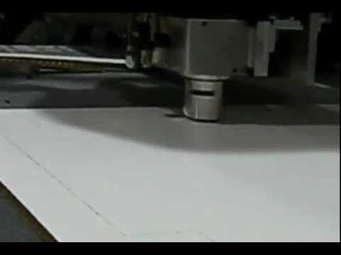 Découpe & Rainurage carton alvéolaire type Falconboard