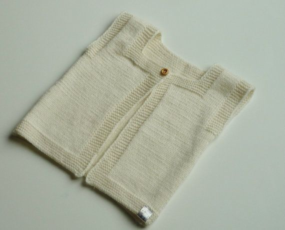 Hand knitted baby vest / Merino wool vest / by PetitMoutonFrancais