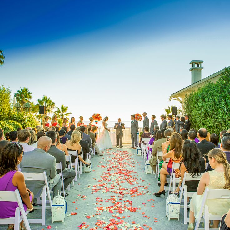 beach weddings in orange county ca%0A Colorful Pacific Terrace ceremony at Shutters on the Beach  Santa Monica   California