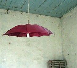 Cinco maneras de convertir un paraguas en una lámpara