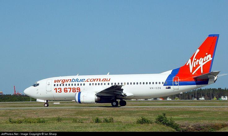 Boeing 737-33A, Virgin Blue, VH-CZQ, cn 24461/1833, first flight 6.3.1990 (British Midland), Virgin Blue delivered 29.10.2001, next AeroSvit Airlines (delivered 5.3.2004). Scrapped, broken up 2009. Foto: Brisbane, Australia, 13.10.2002.