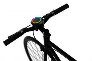 SmartHalo das Multi-Funktionsgerät fürs Fahrrad.  Wenn ihr Radfahrer seid die eine Multitasking-Lösung sucht die euch sicher und zuverlässig ans Ziel bringt, dann kann das SmartHalo das richtige Produkt für euch sein.  Gerade in Großstädten kann das Hantieren mit dem Navi im Handy eine große Gefahr und Ablenkung sein. Jetzt gibt es ein geniales Produkt für Biker das GPS und viele andere nützliche Dinge kombiniert.  #Fahrrad #gadgets #Lifestyle #MultiFunktion