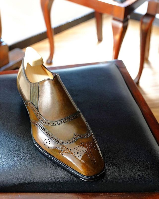 Bespoke / Full brogue side elastic shoe  #yoheifukuda #bespokeshoes #antique #finish #leather #polish #mensfashion #photo #madeinjapan #tokyo #japan