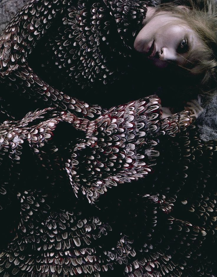 Vlada Roslyakova in 'Sogno Romantico (Romantic Dream)' #Dress: Alexander McQueen F/W 2006/07  #Flair October 2006