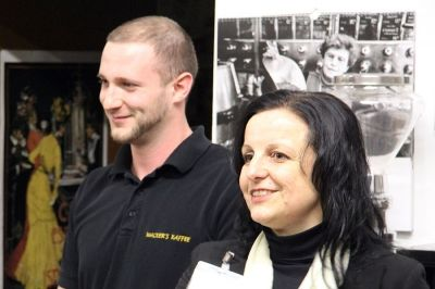 Nikolas Zülch und Nicole M. Pfeffer in der Rösterei von Wacker's während der MC FFM VA - 24-02-2014 Fotographin Sabine Antonius